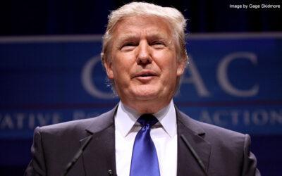 Trump extiende las restricciones de inmigración