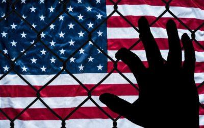 Anuncian millonario fondo para dar ayuda legal gratuita a inmigrantes en EEUU