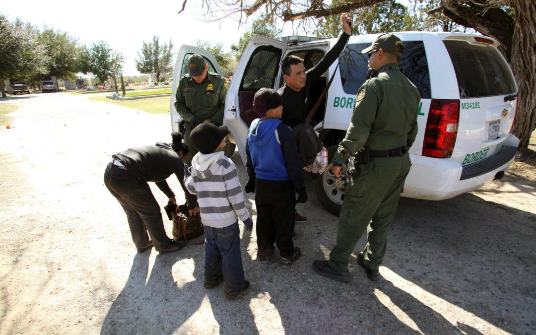 EEUU detuvo a más de un millón de inmigrantes en la frontera sur en nueve meses