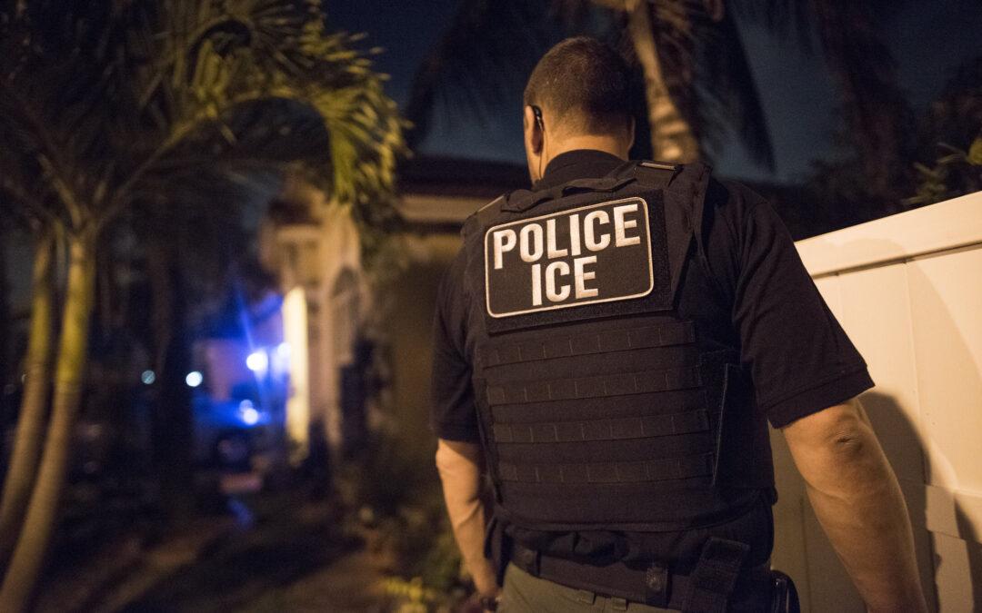 """ICE detiene a más de 150 personas por operativo """"Promesa Rota"""""""