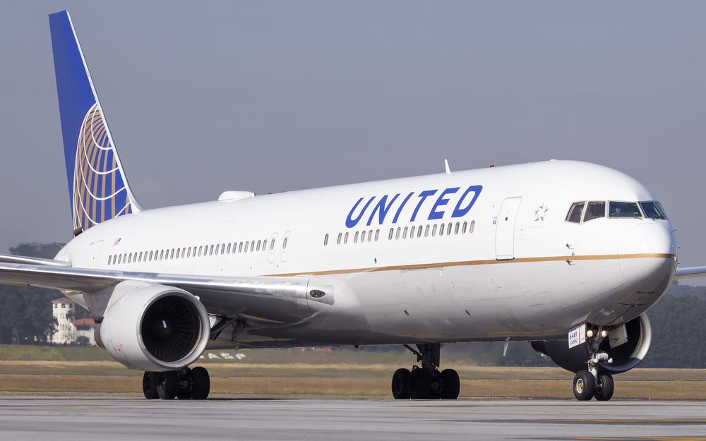 $1 Million Grant to Support Immigrant Legal Advocacy Given by United Airlines